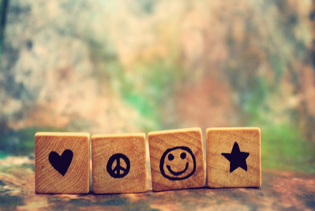 Peace-Love-and-Happiness-peace-love-and-happiness-24233581-640-428